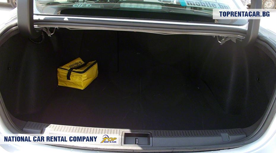 Renault Fluence - widok z bagażnika