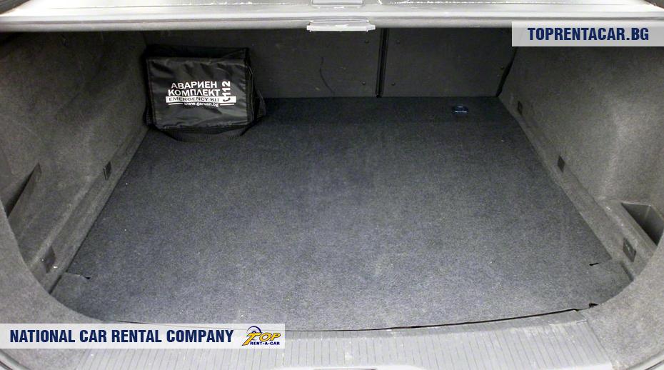 Opel Astra - widok z bagażnika