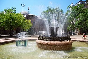 Piękna fontanna w centrum Sofii